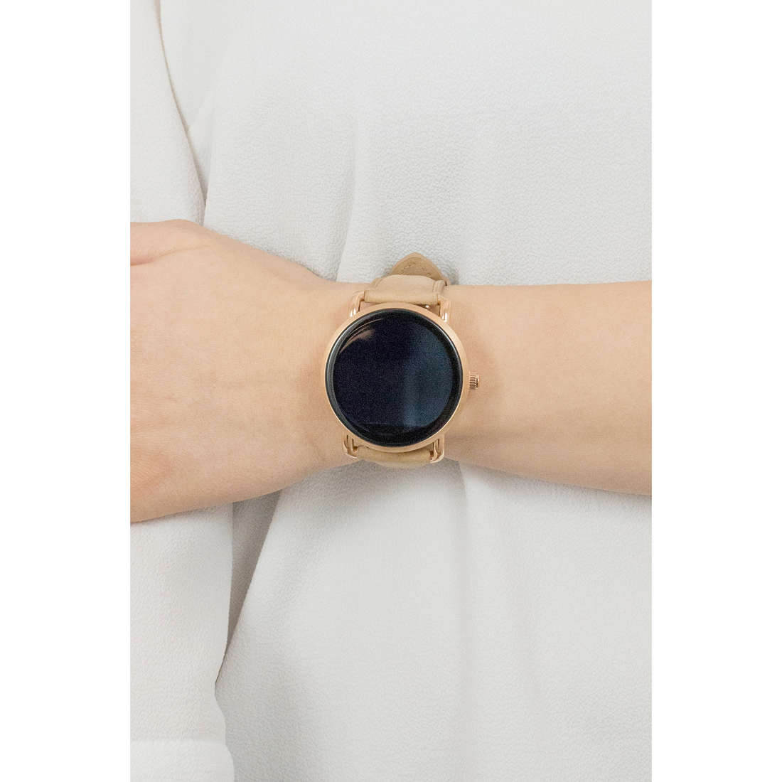 Fossil Smartwatches donna FTW2102 indosso