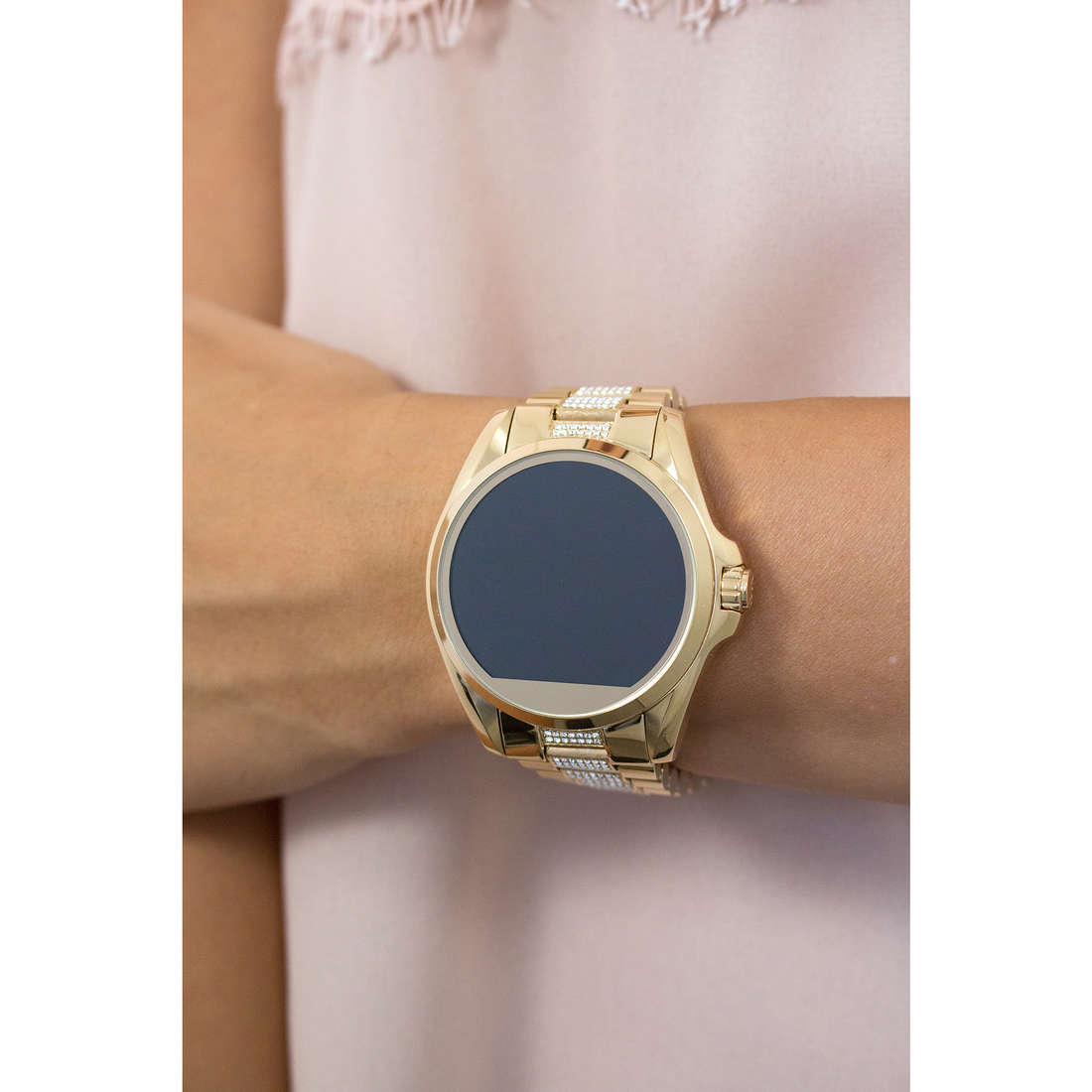 Michael Kors Smartwatches donna MKT5002 indosso