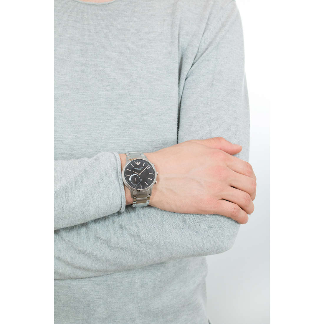 Emporio Armani Smartwatches uomo ART3000 indosso
