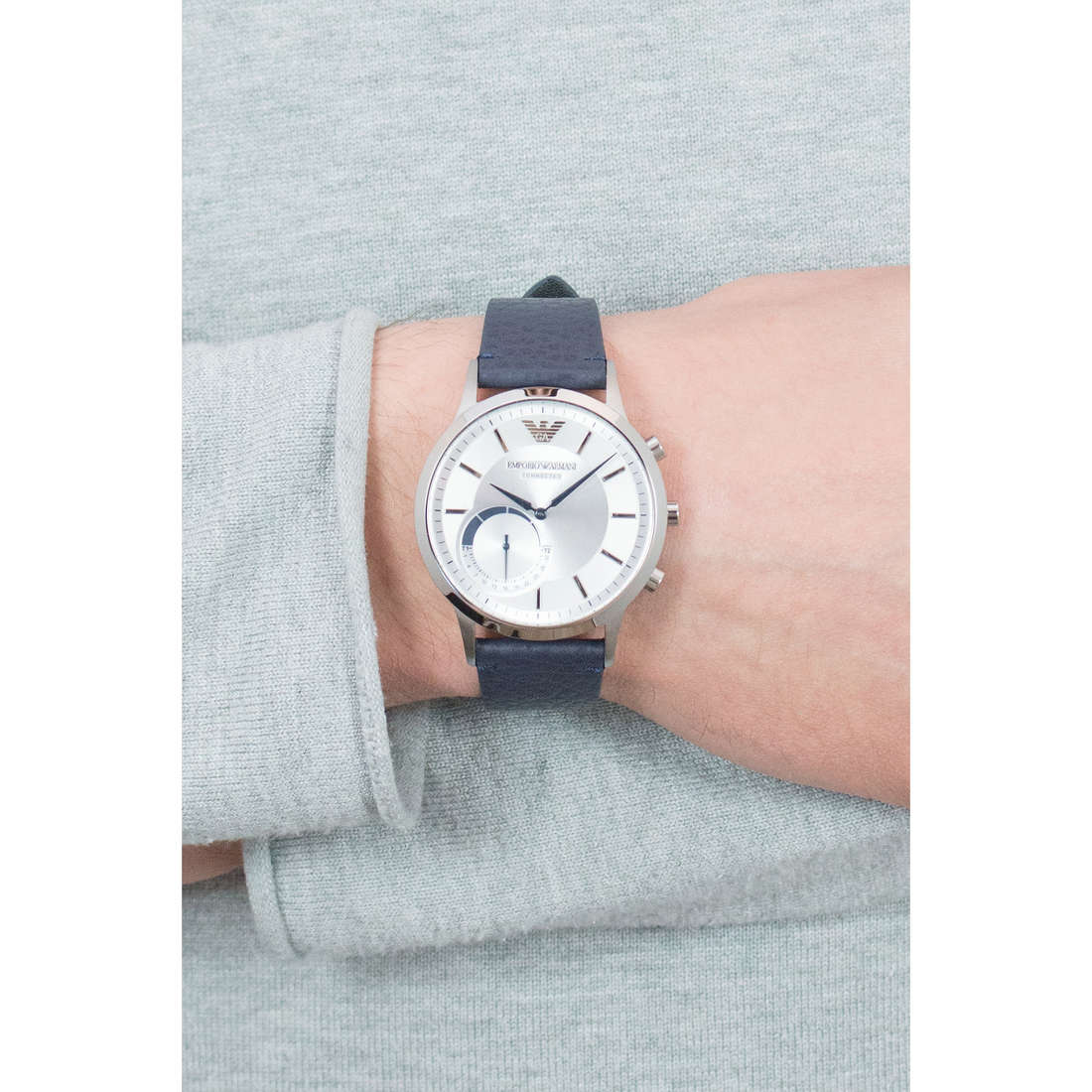 Emporio Armani Smartwatches uomo ART3003 indosso