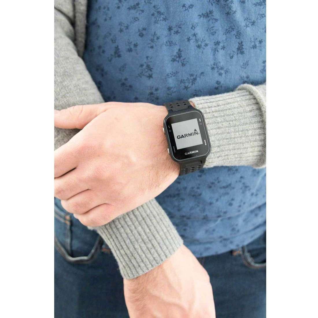 Garmin Smartwatches uomo 010-03723-01 indosso
