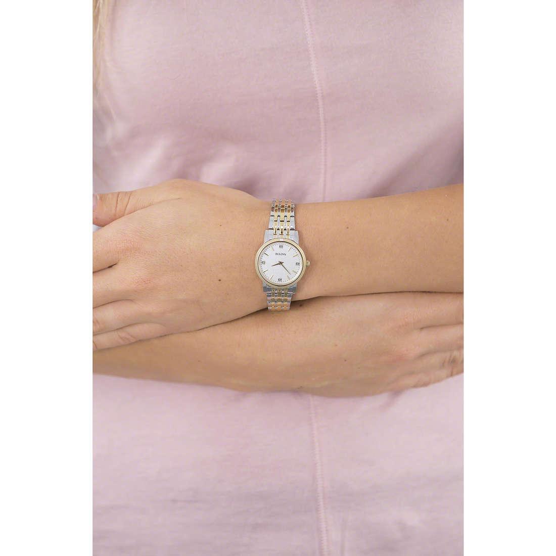Bulova solo tempo Diamanti Duets donna 98S115 indosso