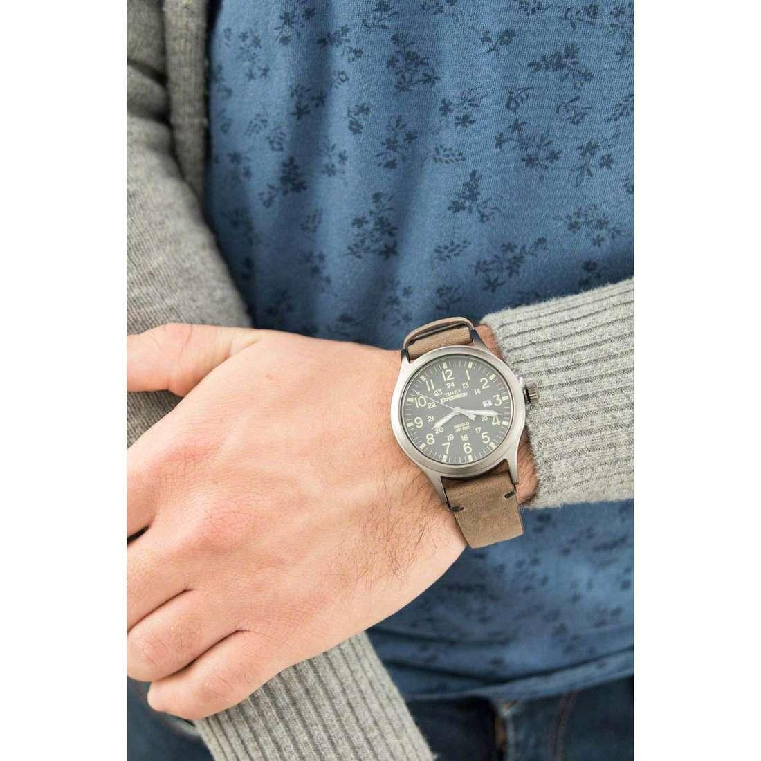 Timex solo tempo Scout uomo TW4B01700 indosso