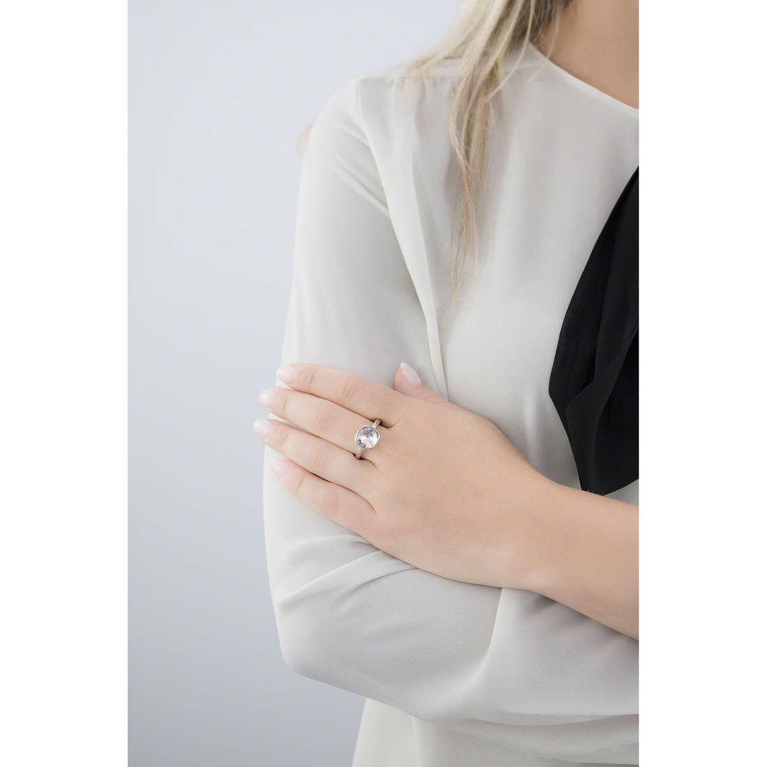 Brosway rings Btring woman BTGC78B indosso