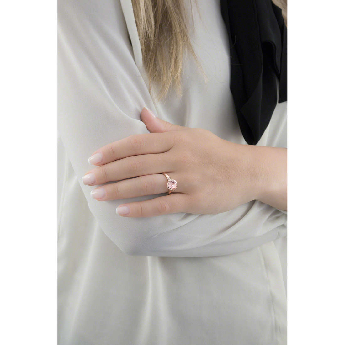 Brosway rings Riflessi woman BRF34B indosso