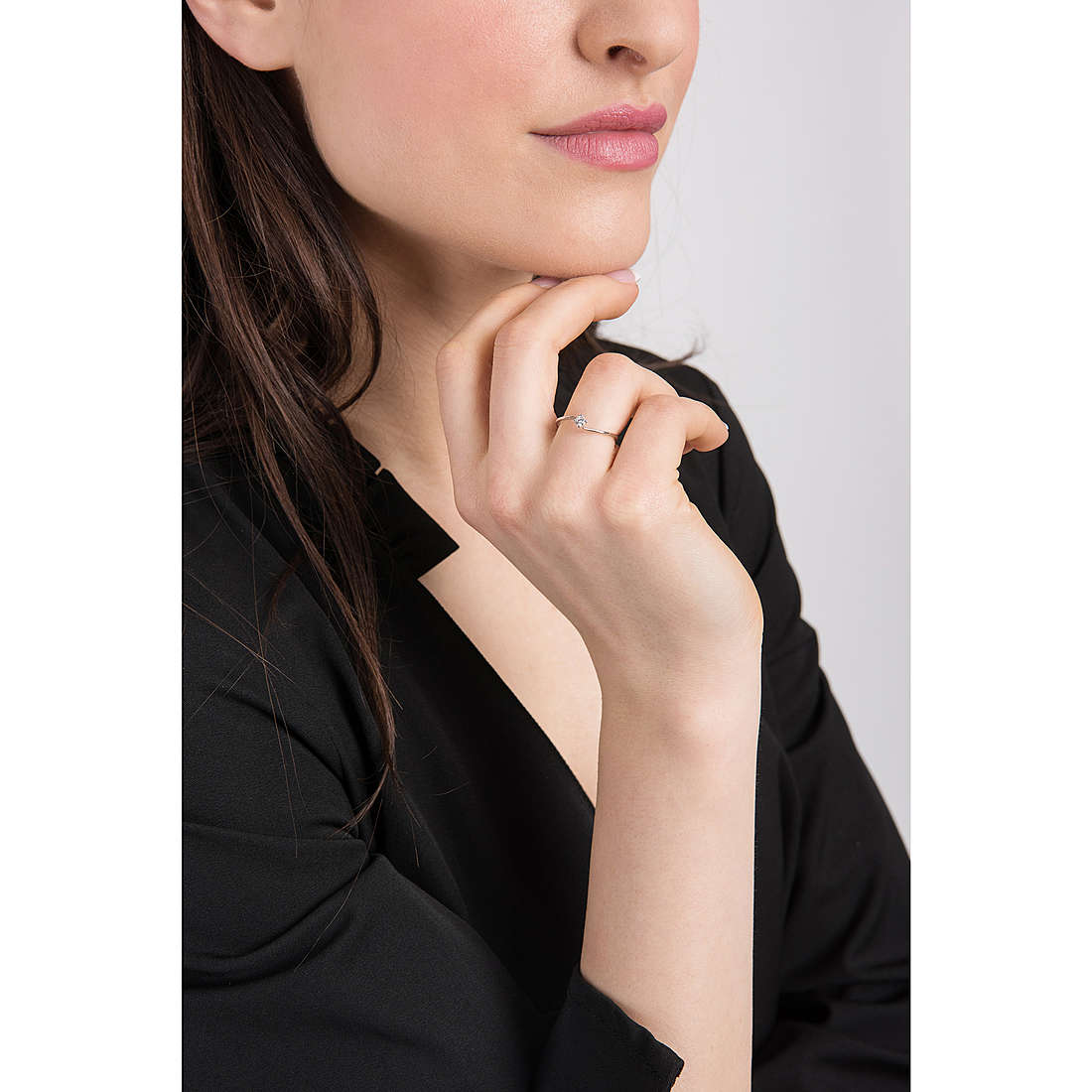 Comete rings woman ANB 2100 photo wearing