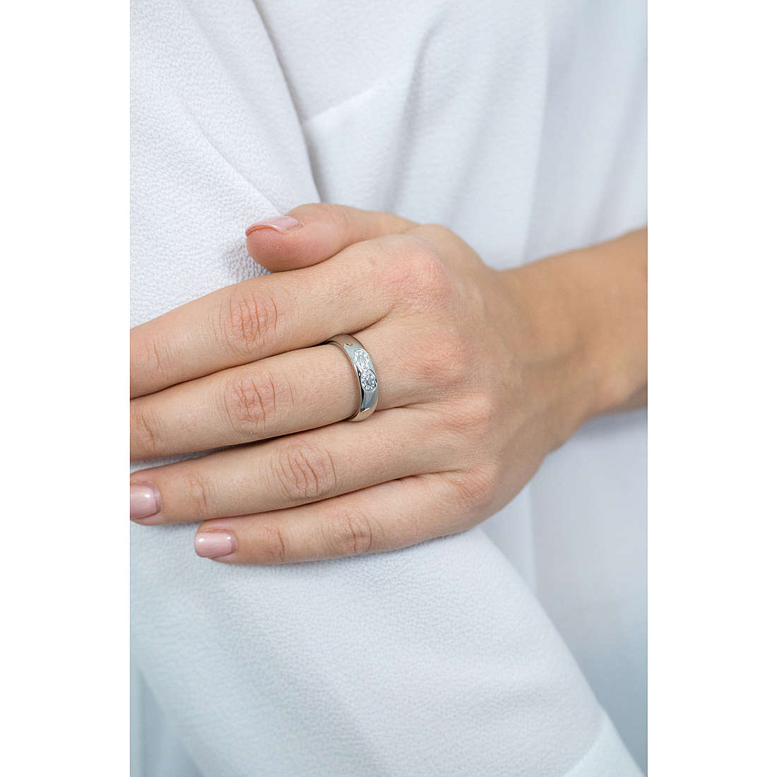 Luca Barra rings woman LBAN138.15 photo wearing