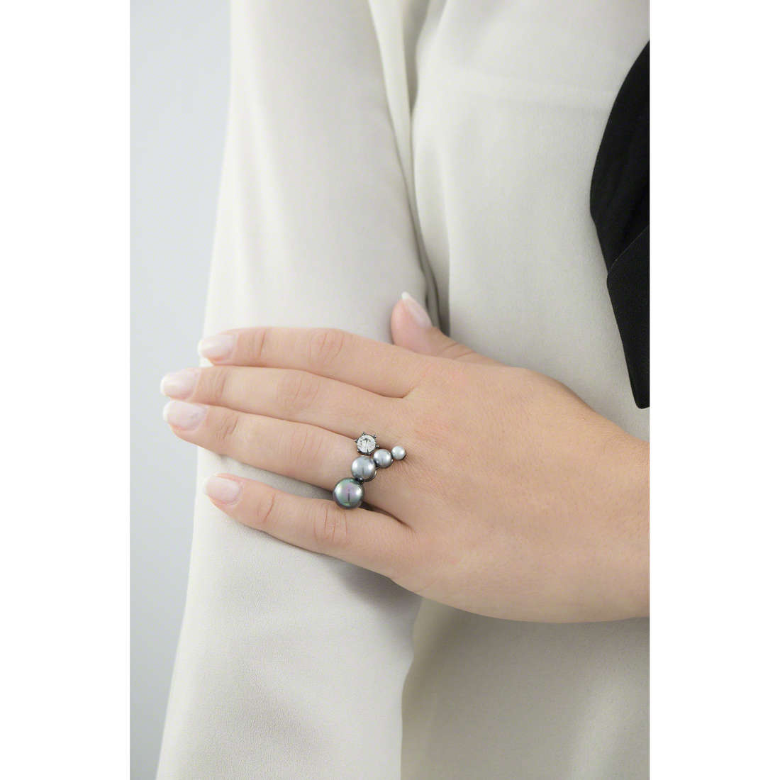 Luca Barra rings woman LBANK70 indosso
