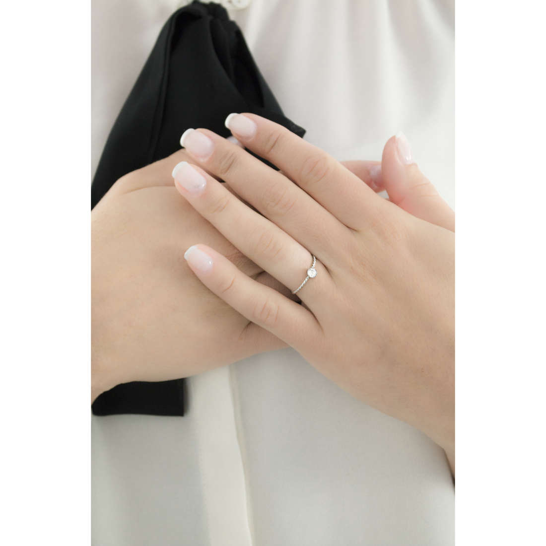 Marlù rings Time To woman 18AN047W-S indosso