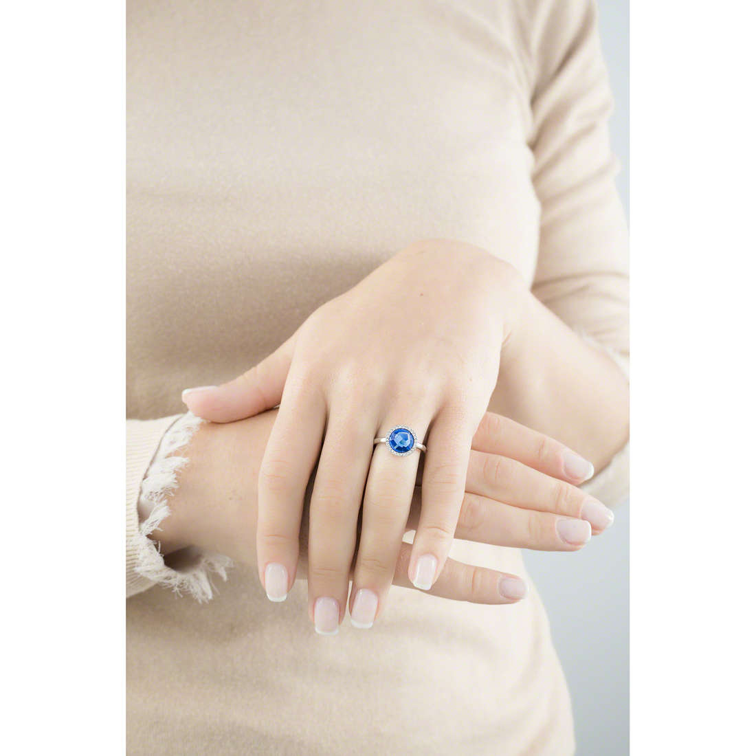 Morellato rings Essenza woman SAGX15016 photo wearing