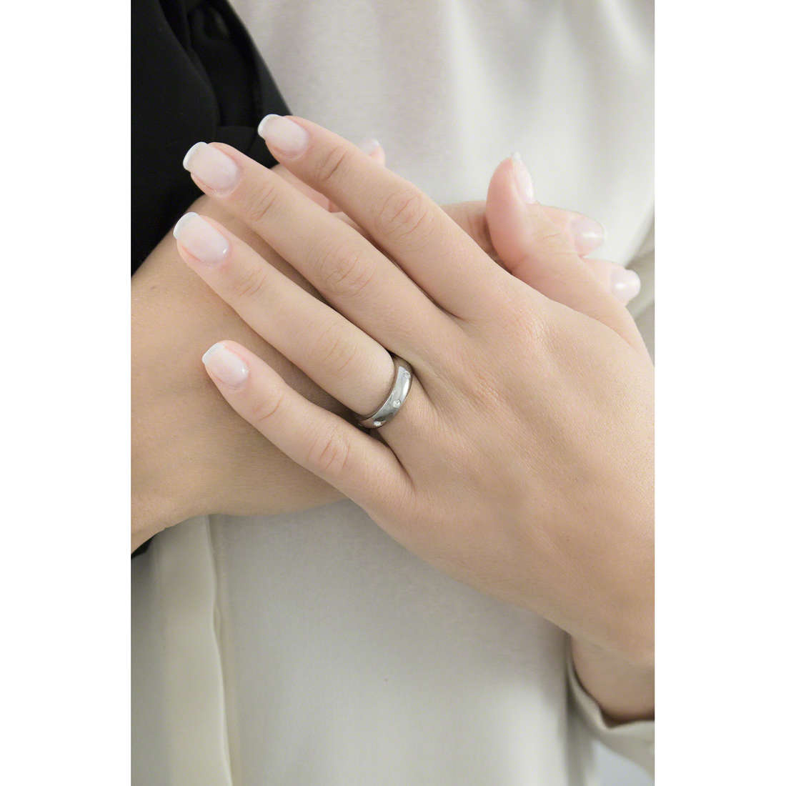 Morellato rings Love Rings woman SNA04014 indosso