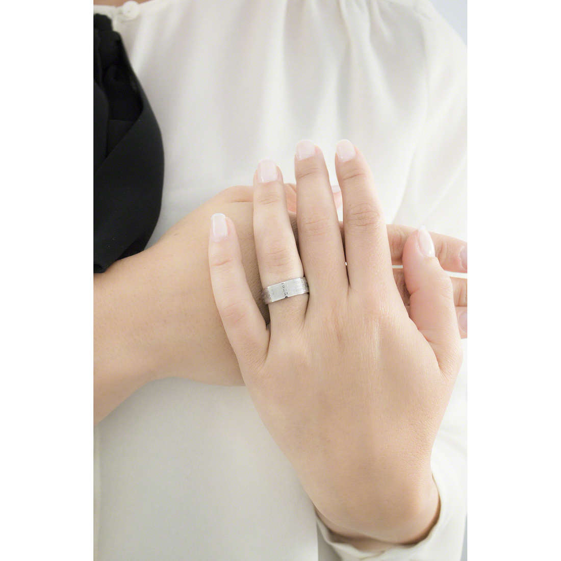 Sector rings Love and Love woman SADO15014 indosso