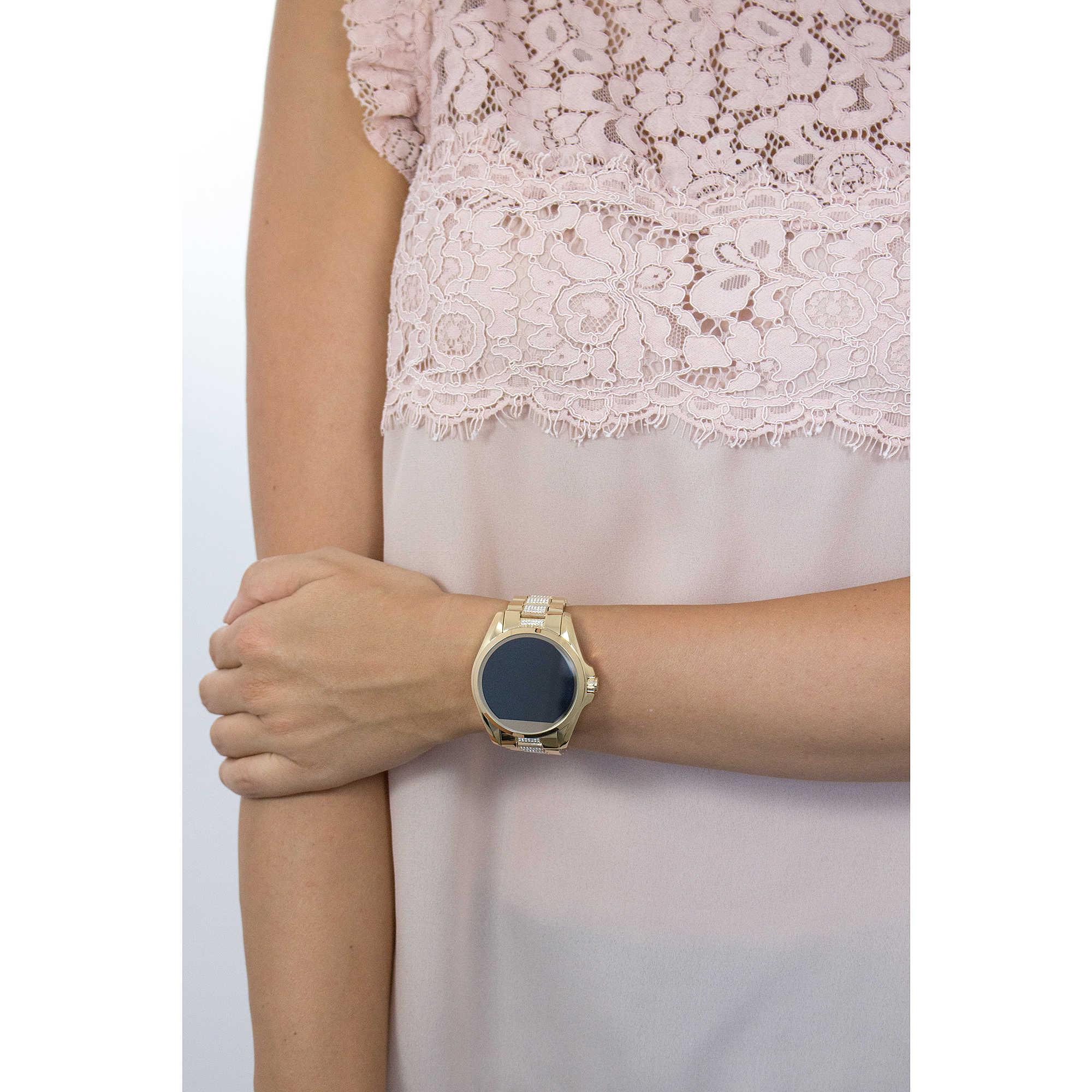 uhr smartwatch frau michael kors mkt5002 smartwatches. Black Bedroom Furniture Sets. Home Design Ideas