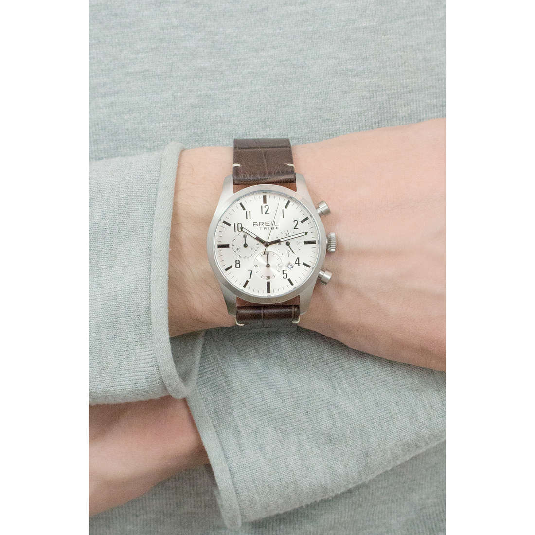 Breil chronographs Classic Elegance Extension man EW0228 indosso