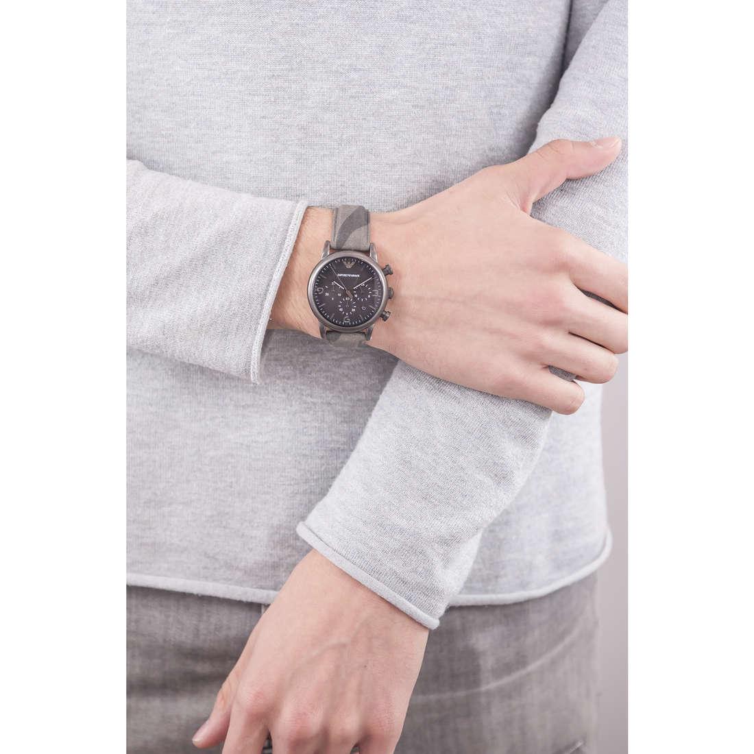 Emporio Armani chronographs man AR1817 indosso