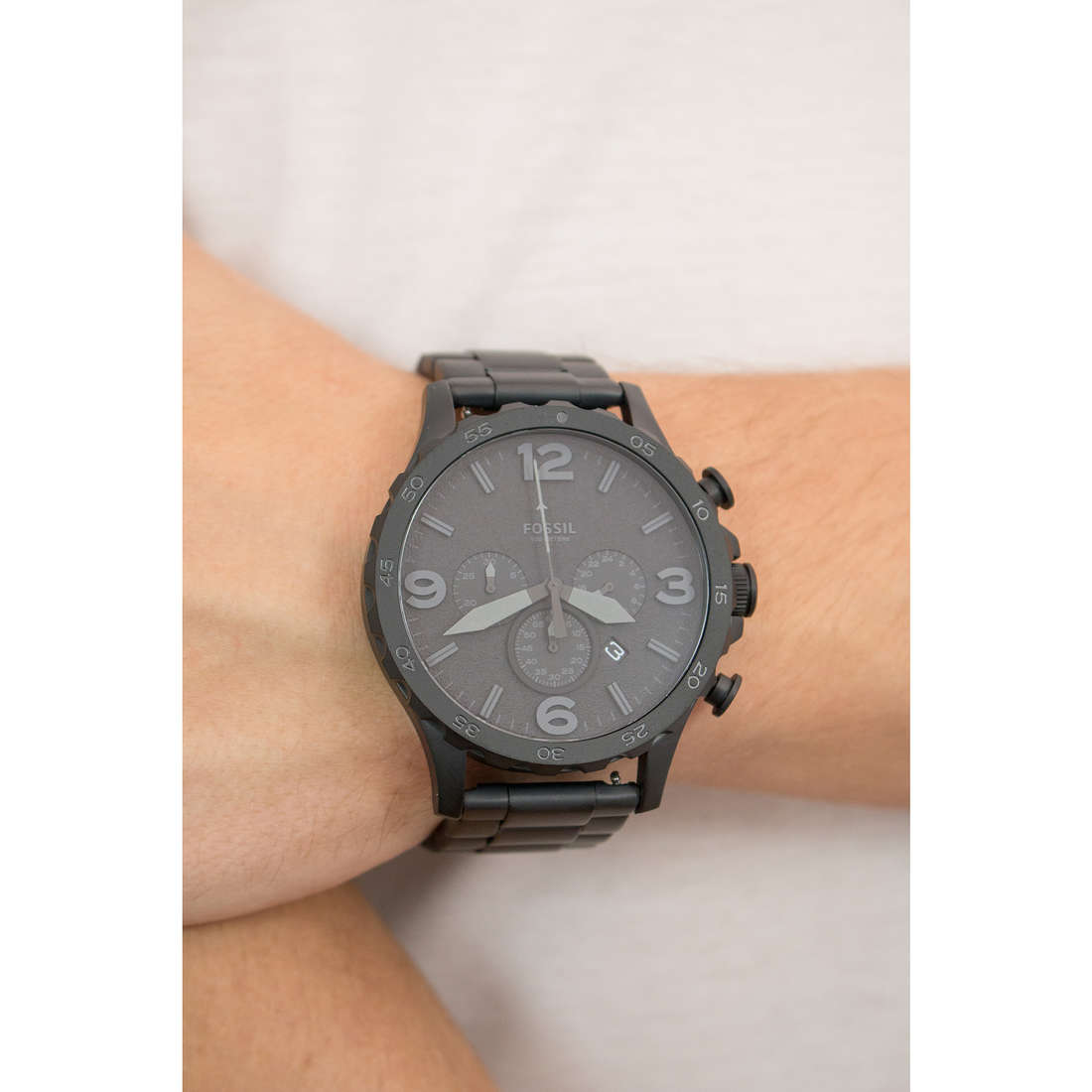 Fossil chronographs man JR1401 photo wearing
