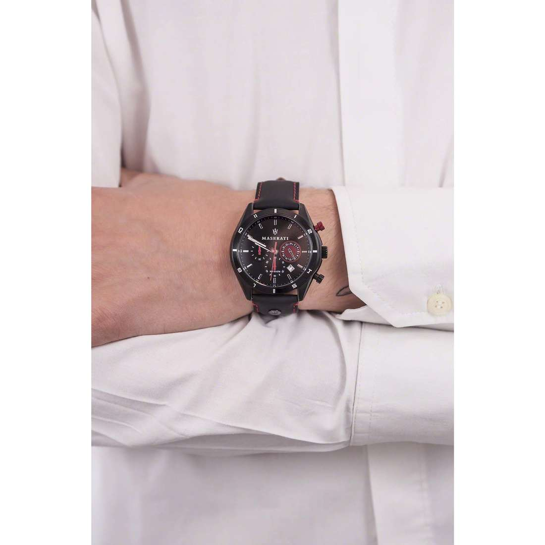 Maserati chronographs Sorpasso man R8871624002 indosso