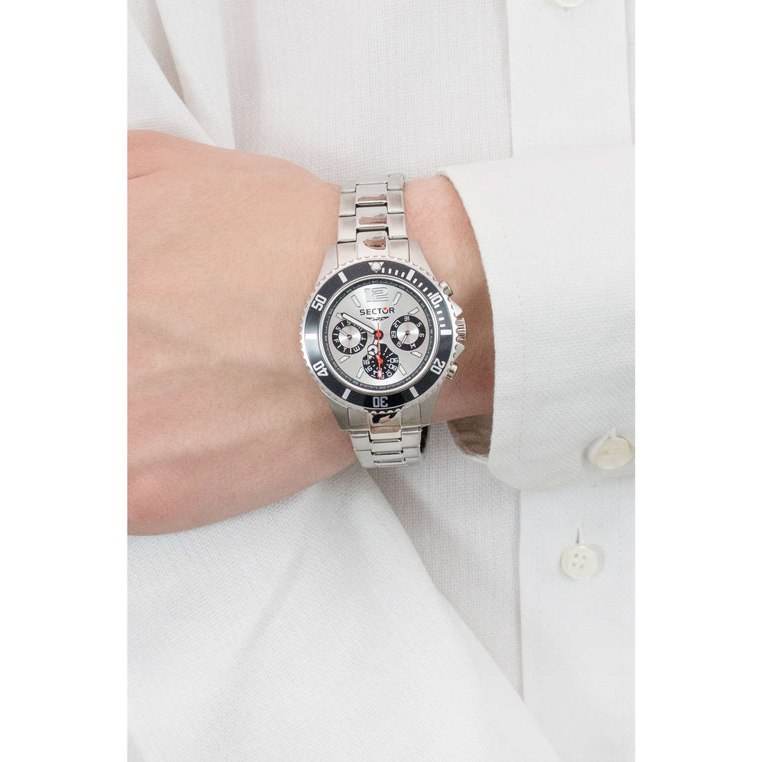 Sector chronographs 230 man R3253161012 photo wearing