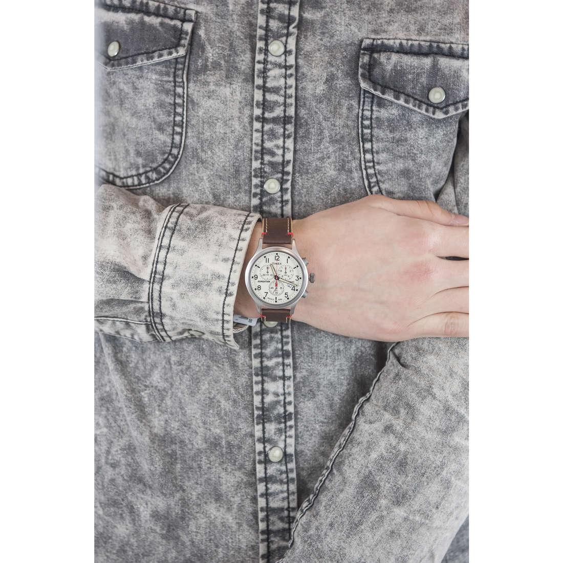 Timex chronographs Scout Chrono man TW4B04300 indosso
