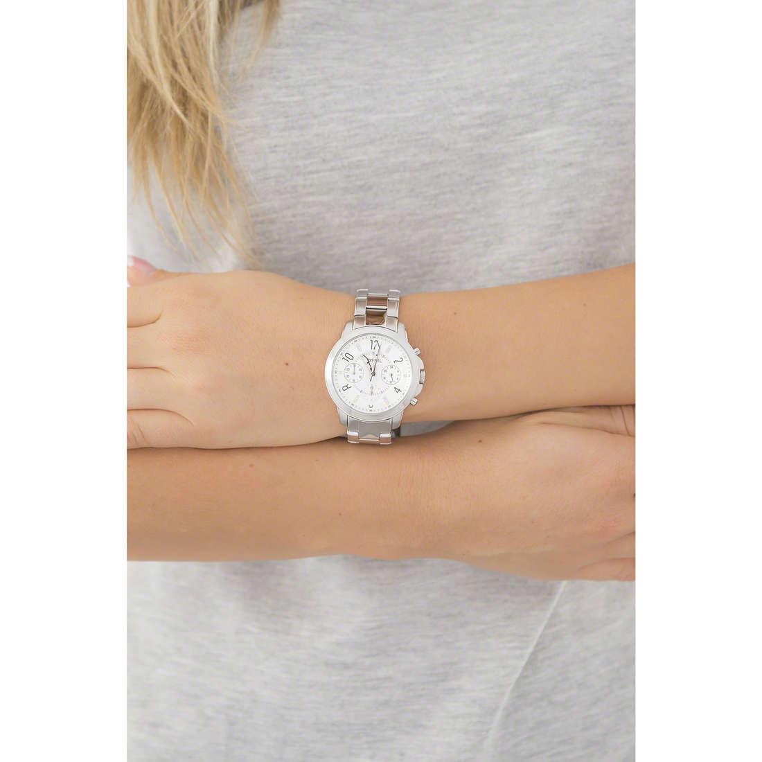 Fossil chronographs woman ES4036 indosso