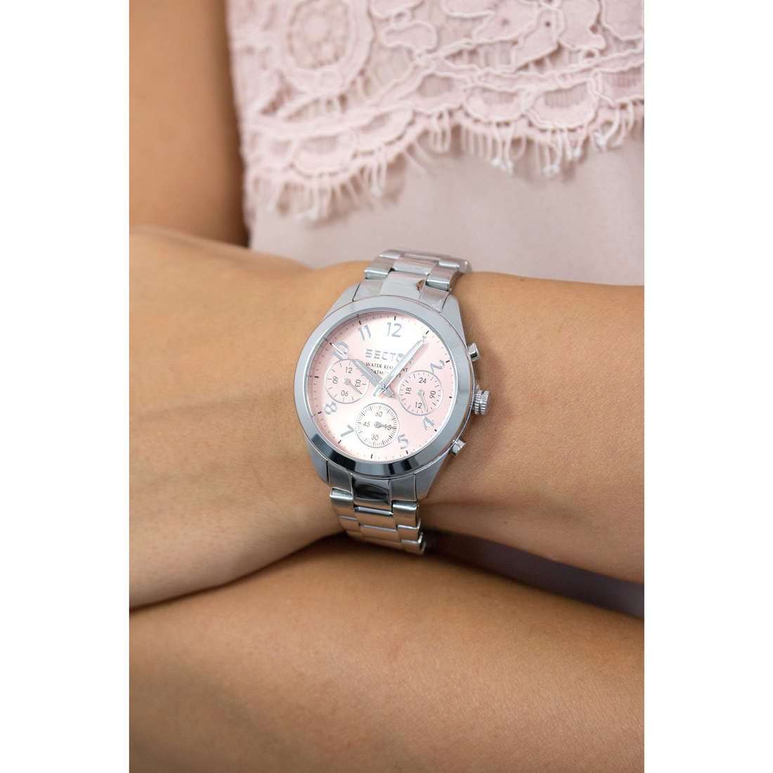 Sector chronographs 120 woman R3253588503 photo wearing