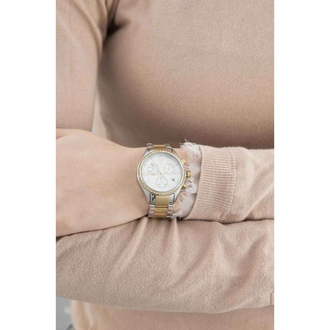 Timex chronographs Women's Collection woman TW2P67000 indosso