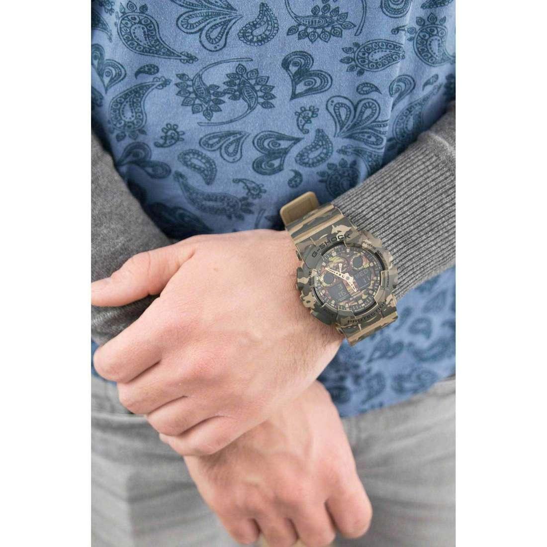 Casio digitals G-Shock man GA-100CM-5AER photo wearing