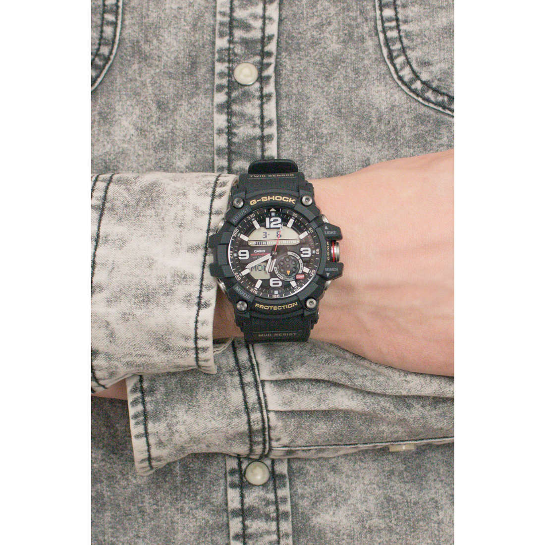 Casio digitals G-Shock man GG-1000-1AER indosso