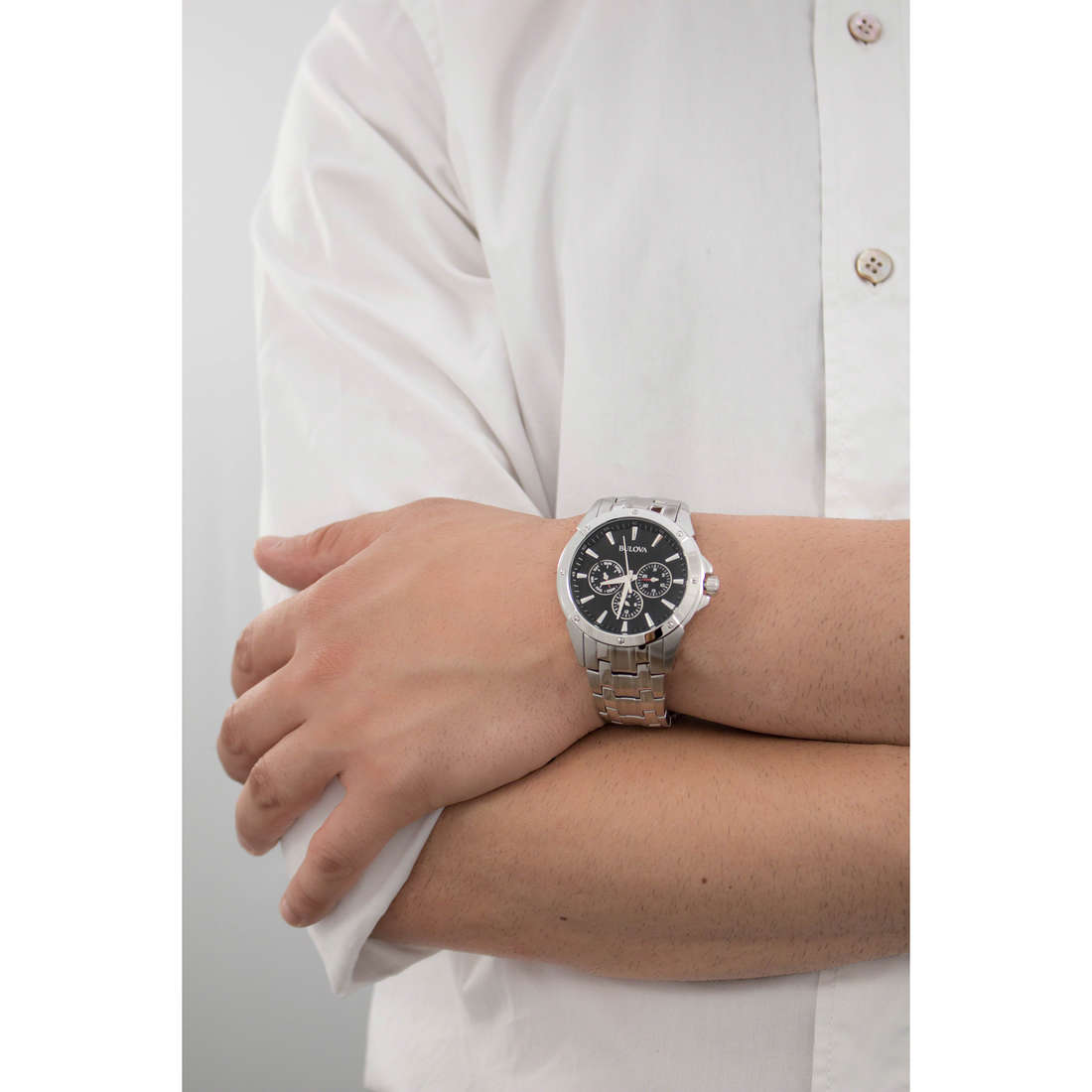 Bulova multifunction Dress man 96C107 indosso