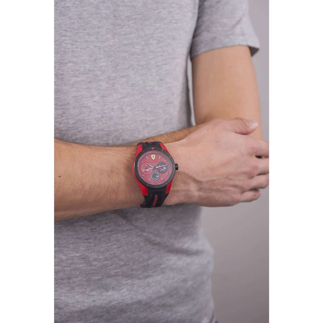 Scuderia Ferrari multifunction Red man FER0830255 photo wearing