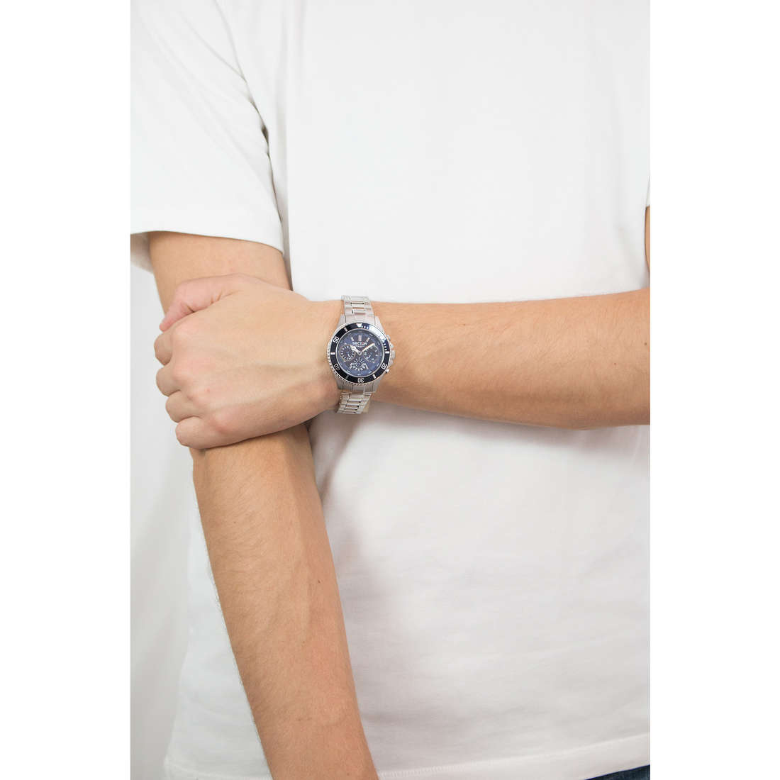 Sector multifunction 230 man R3253161009 photo wearing