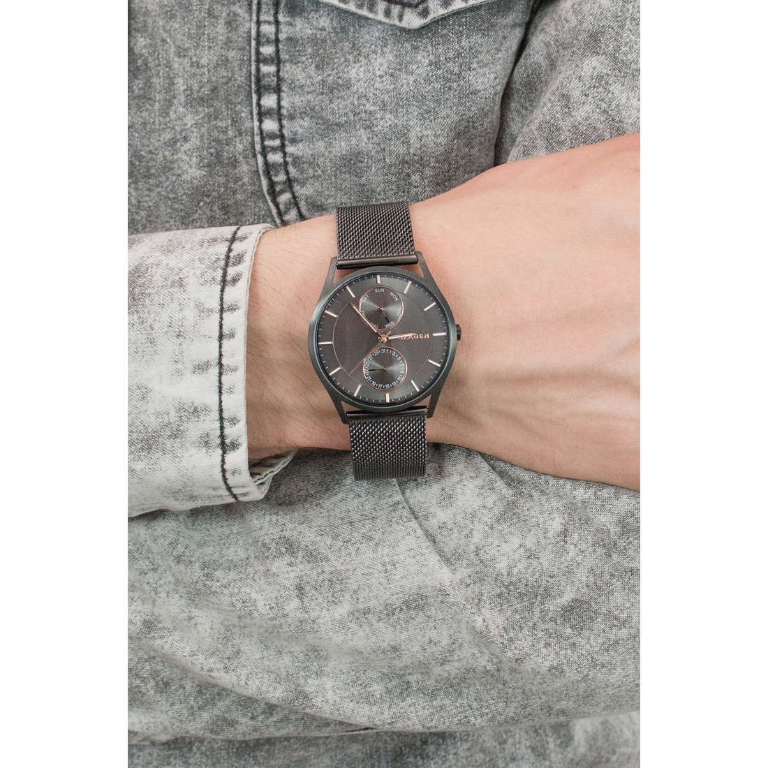 Skagen multifunction Holst man SKW6180 photo wearing