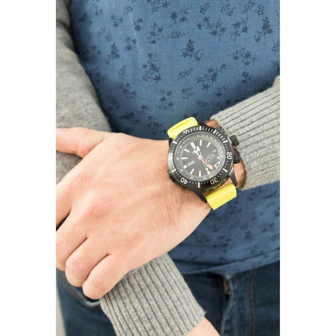 Timex multifunction Iq Profondimetro man T2N958 indosso