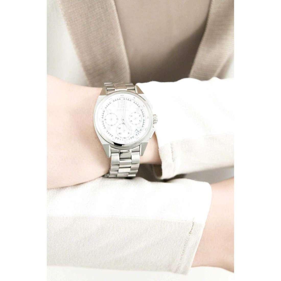 Breil chronographs Master woman TW1409 indosso