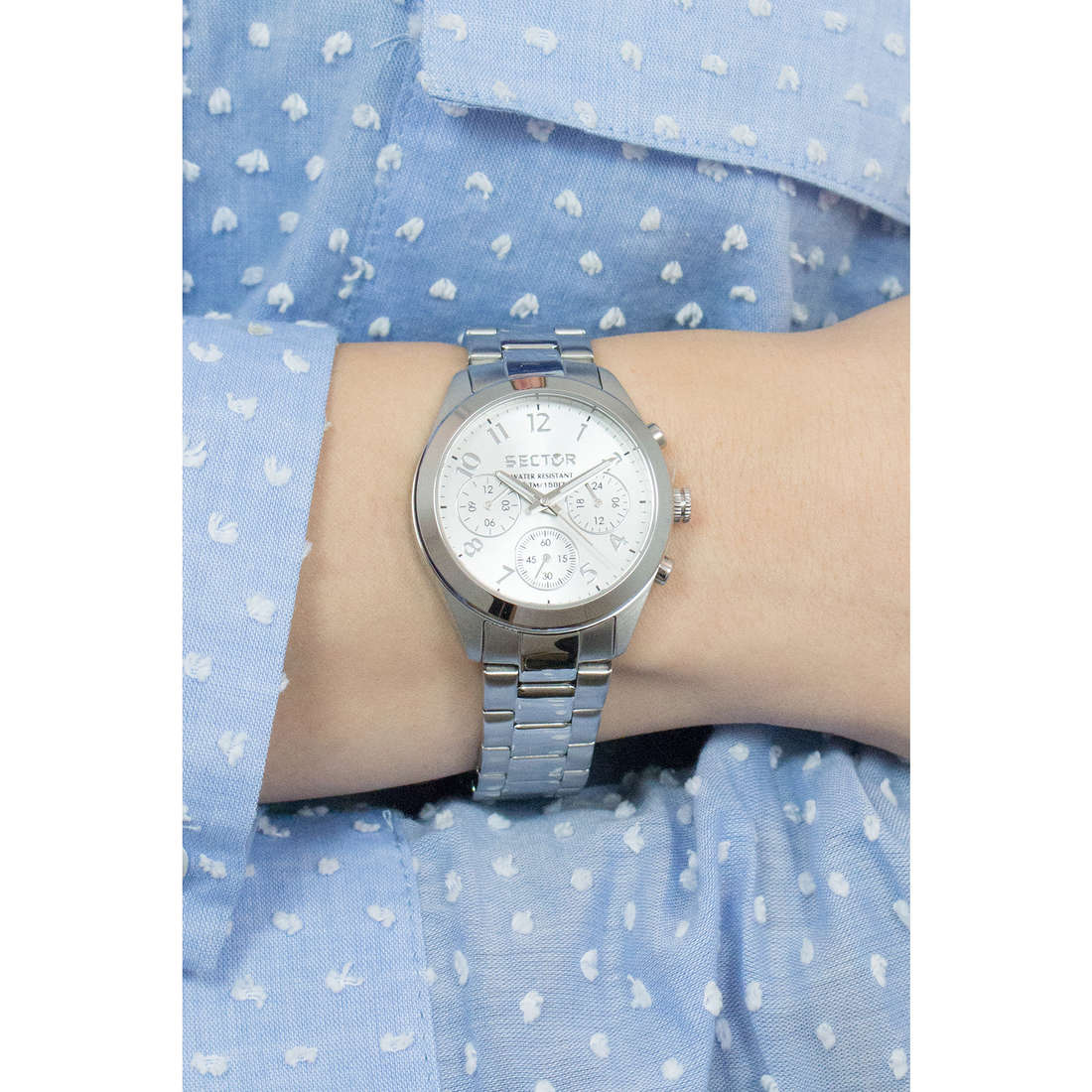 Sector multifunction 120 woman R3253588502 photo wearing