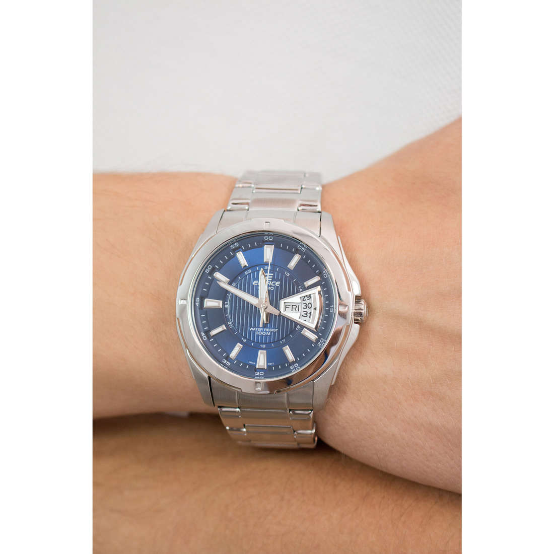 Casio only time Edifice man EF-129D-2AVEF photo wearing