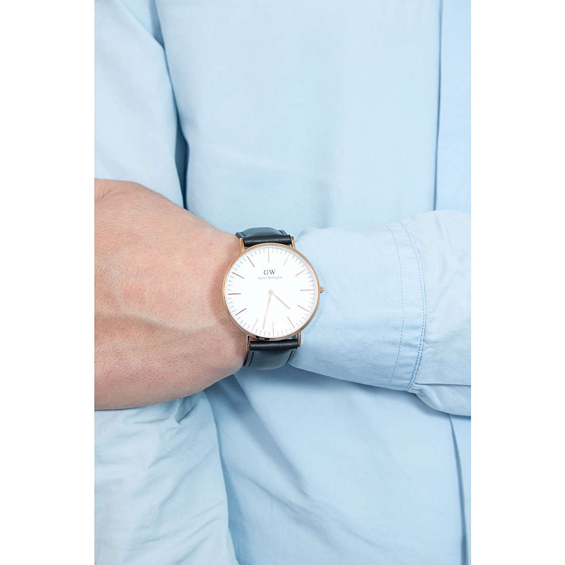 Daniel Wellington only time Classic man DW00100007 photo wearing