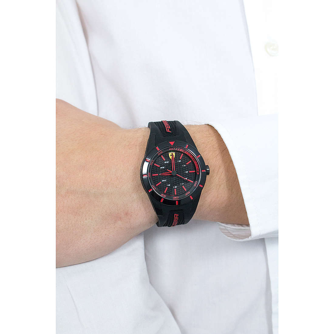Scuderia Ferrari only time Red man FER0840004 photo wearing