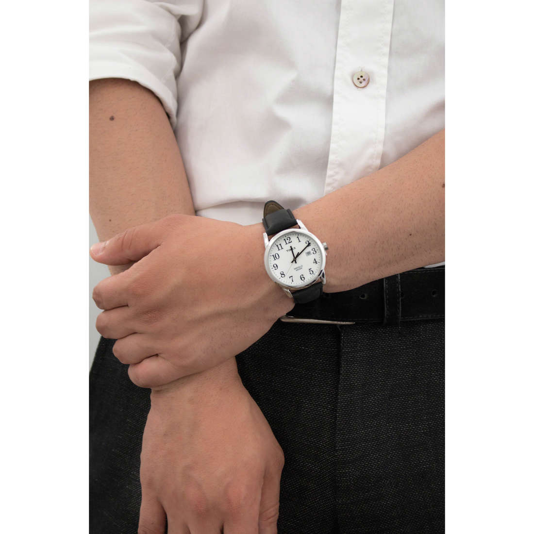 Timex only time Easy Reader man TW2P75600 photo wearing