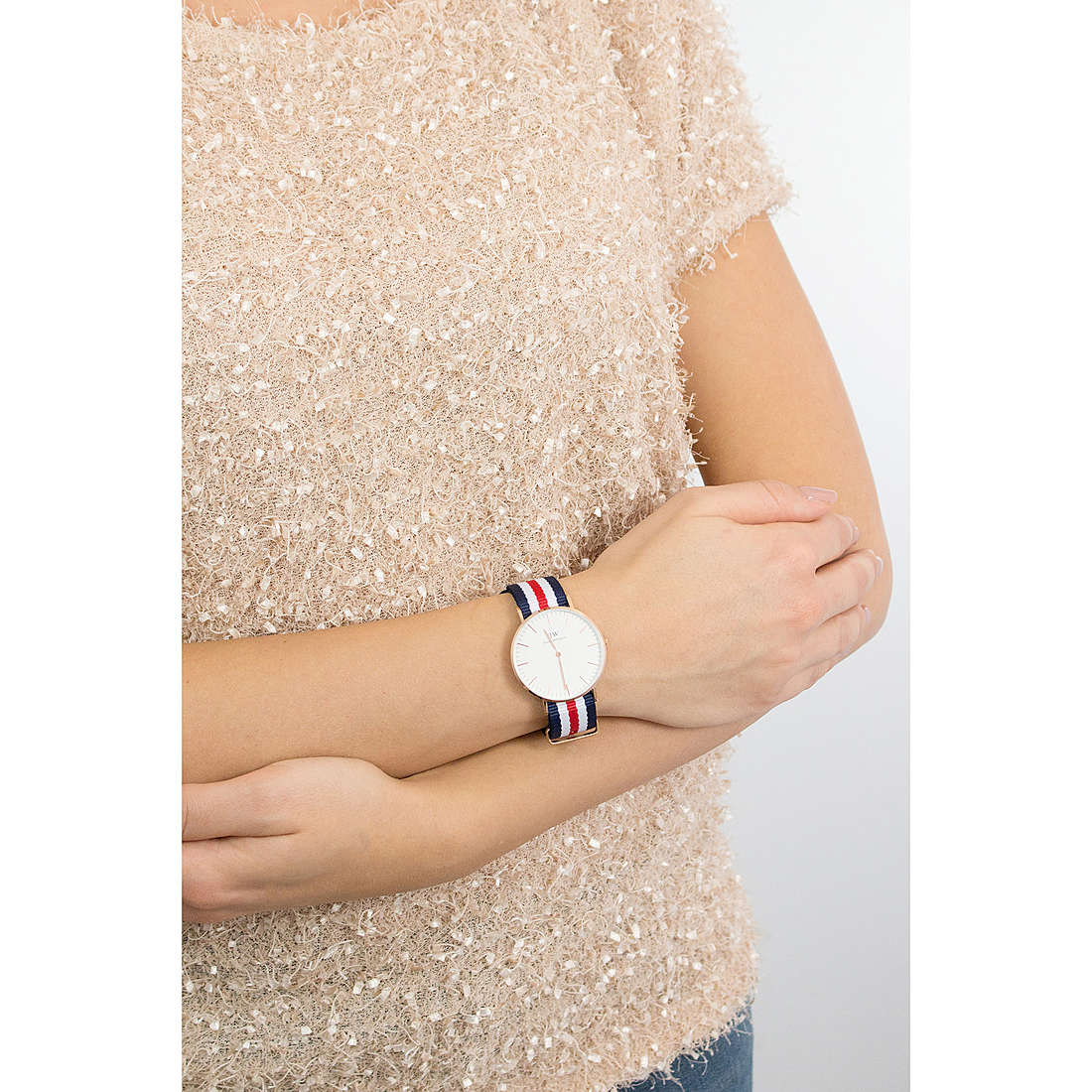 Daniel Wellington only time Classic woman DW00100030 photo wearing