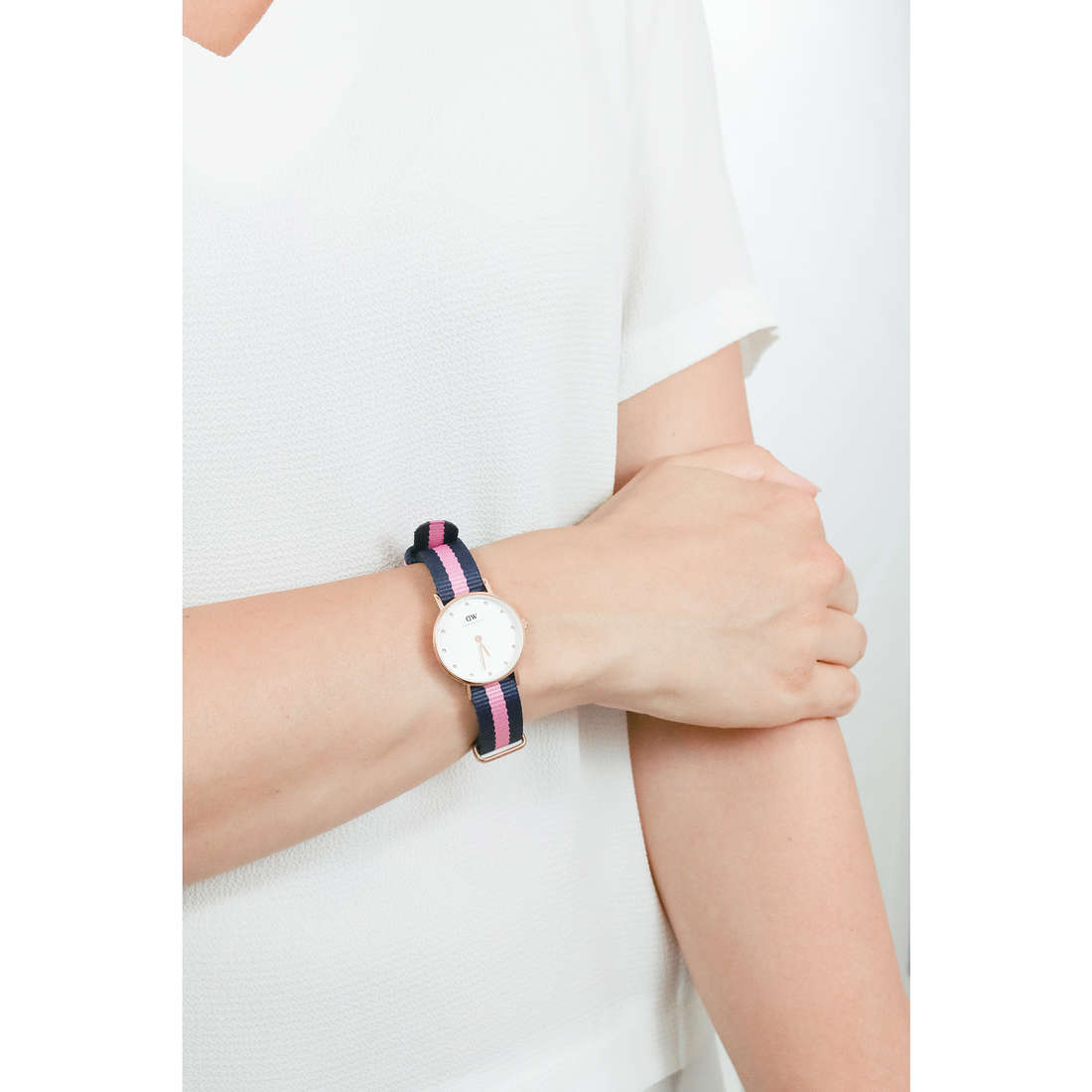 Daniel Wellington only time Classy woman DW00100065 photo wearing