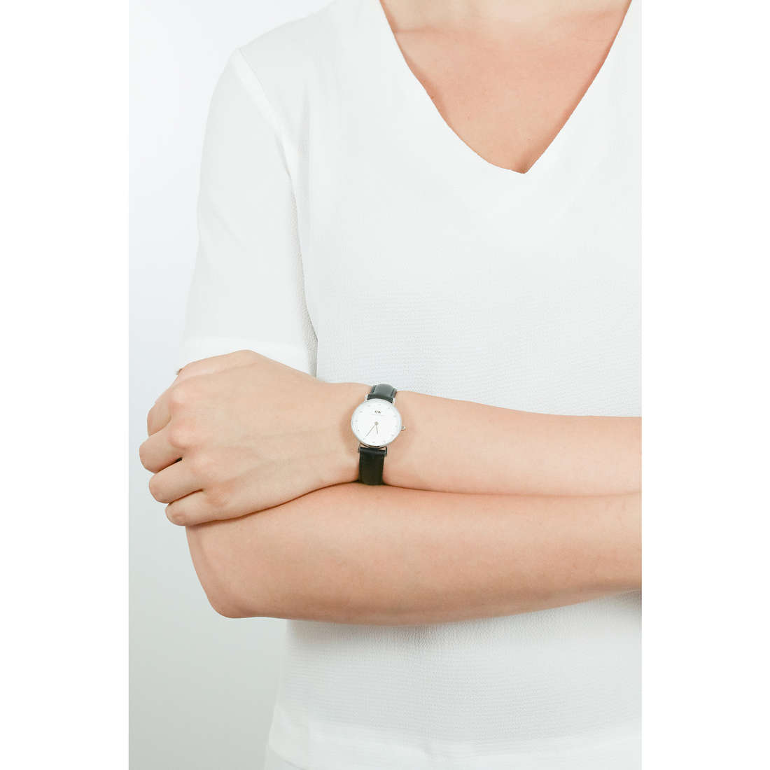 Daniel Wellington only time Classy woman DW00100068 photo wearing