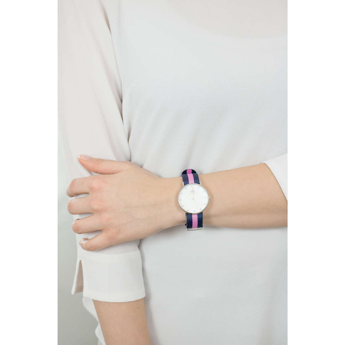 Daniel Wellington only time Classy woman DW00100081 indosso