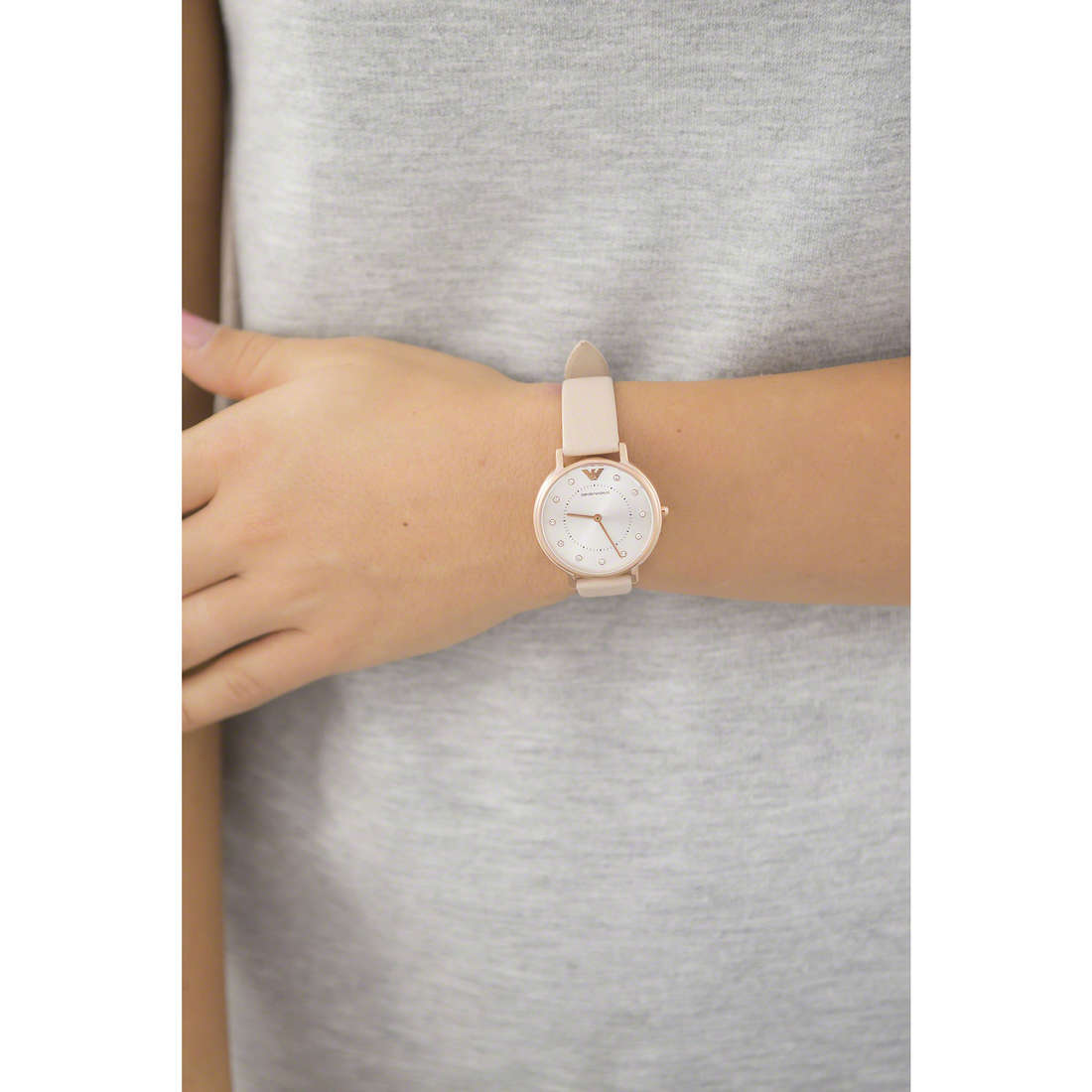 Emporio Armani only time woman AR2510 indosso