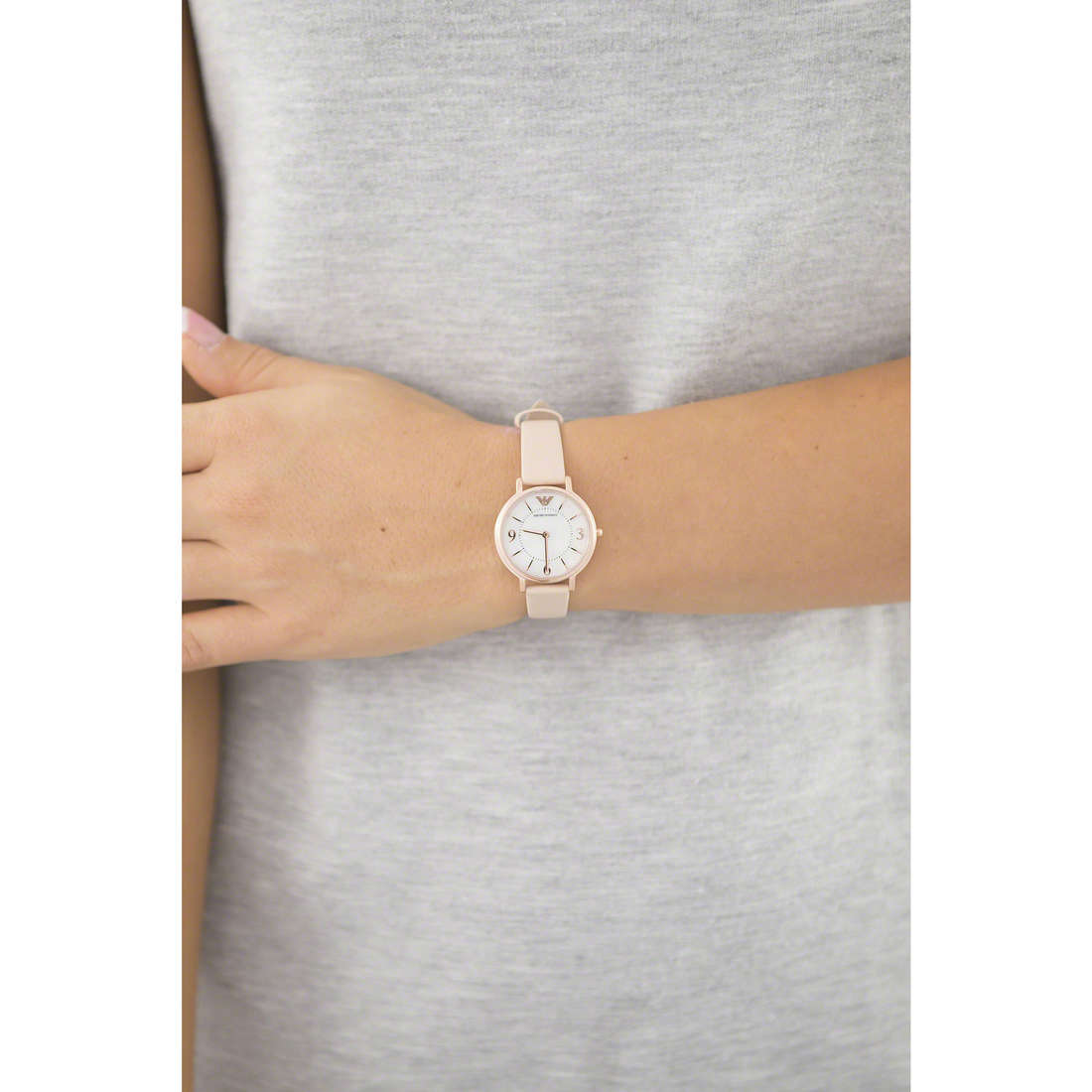 Emporio Armani only time woman AR2512 indosso