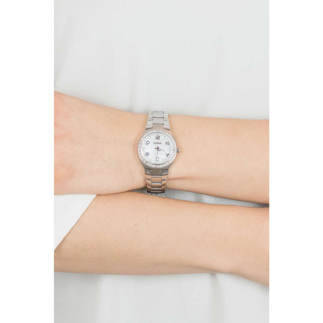 Fossil only time woman AM4141 photo wearing