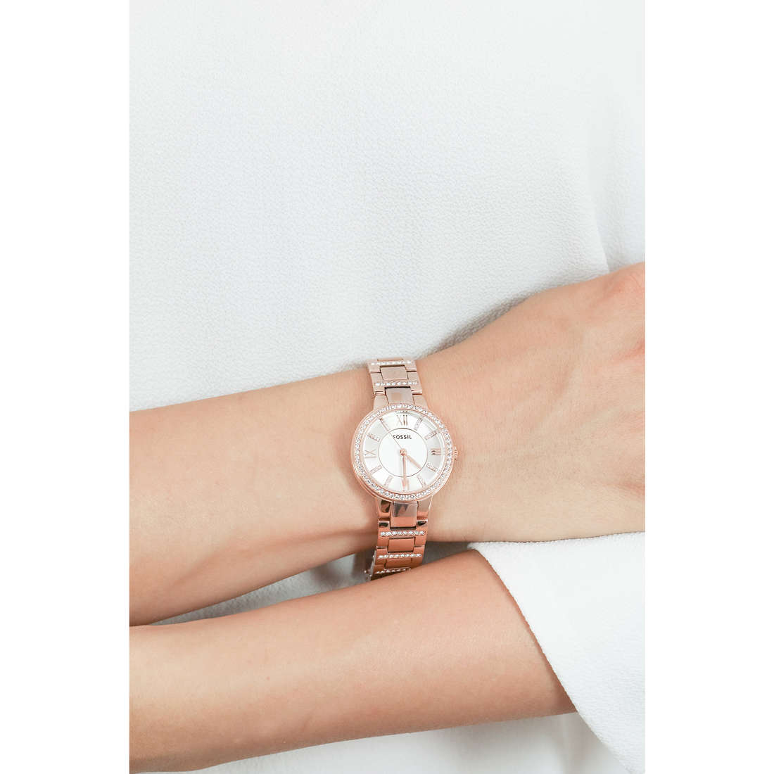 Fossil only time woman ES3284 photo wearing