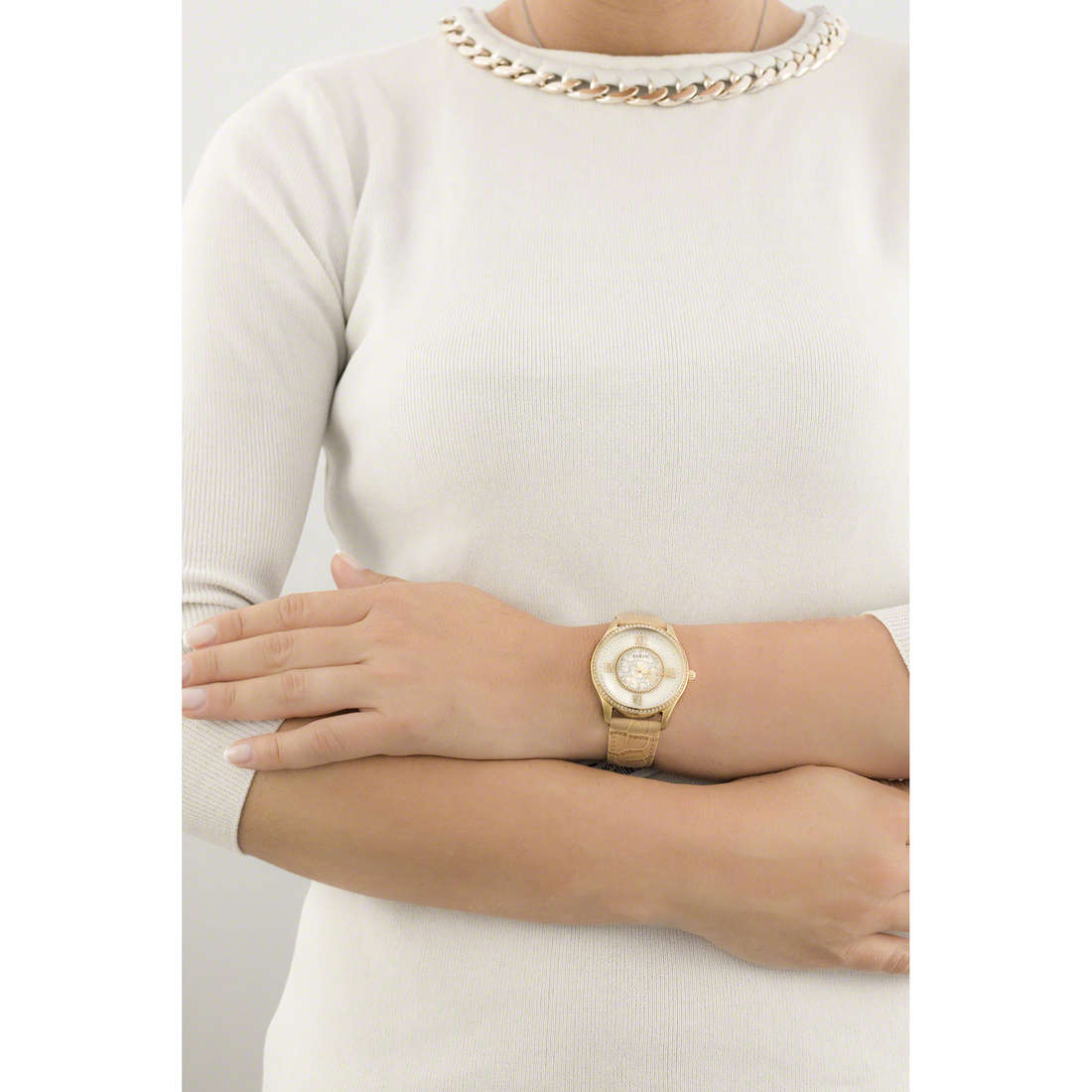 Guess only time Broadway woman W0768L2 indosso