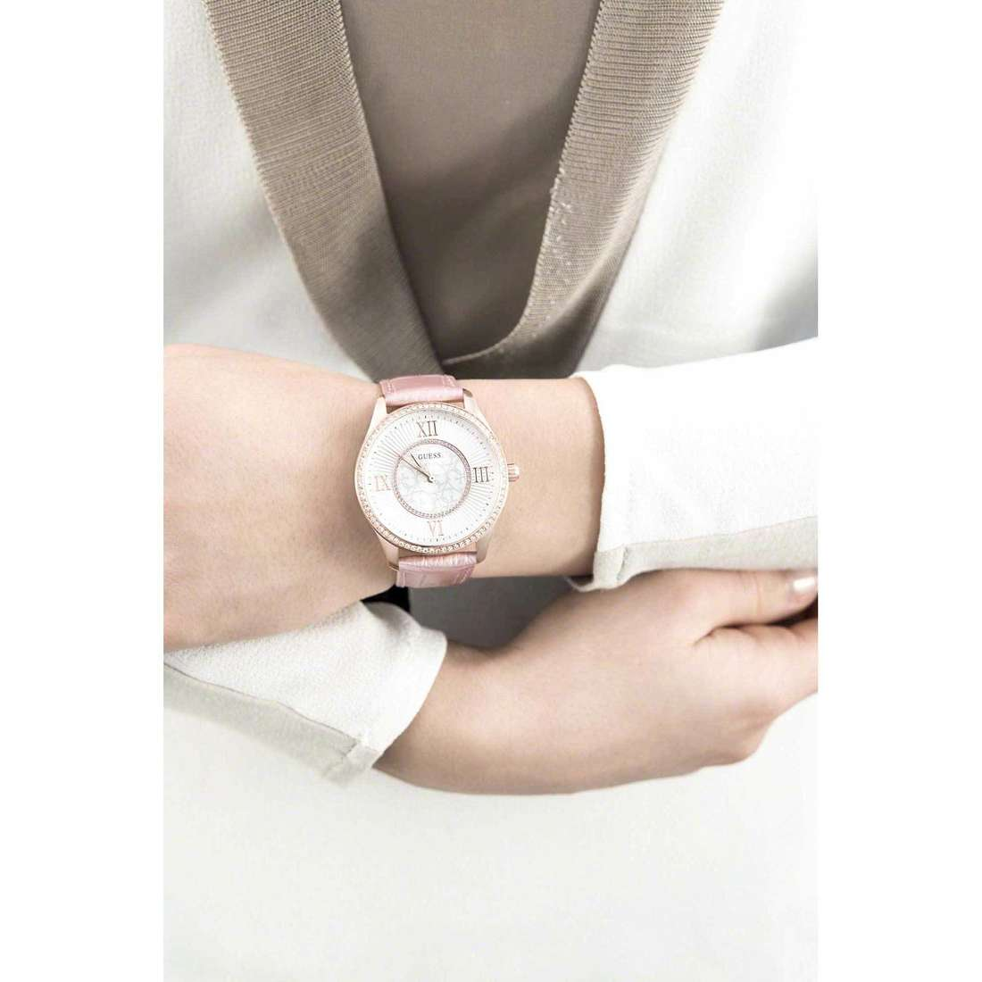 Guess only time Broadway woman W0768L3 indosso