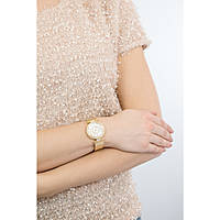 watch only time woman Guess Muse W1008L2